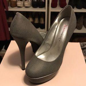 Grey platform heel